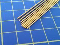 mosazná tyč kruhového průřezu o1mm délka 305mm 9ks