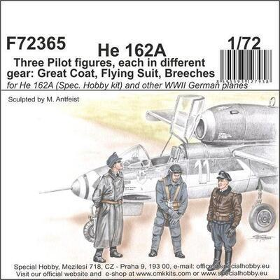 He 162 - Three Pilot figures, each in different gear: Great Coat, Flying Suit, Breeches