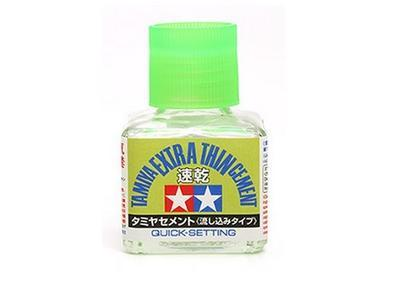 Lepidlo Tamiya Extra Thin Cement Quick-setting sv. zelené