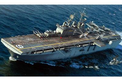 LHD-6 USS Bonhomme Richard