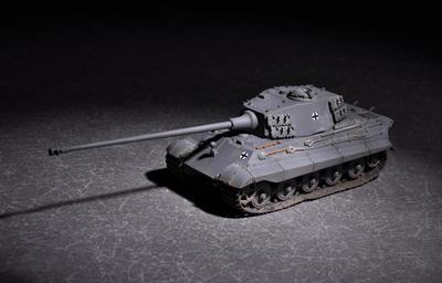 German King Tiger (Henschel turret) with 105mm kwk L/65 +podložka modelu. WOT.   - 1