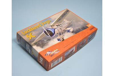 Lockheed Vega 5C - 1