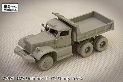 Diamond T972 Dump Truck - 2