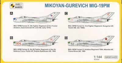 Mikoyan-Gurevich Mig-19PM - 2