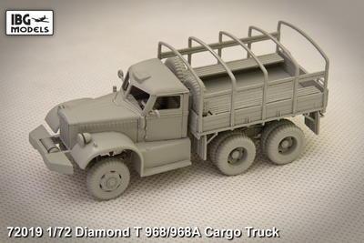 Diamond T968 Cargo Truck - 2