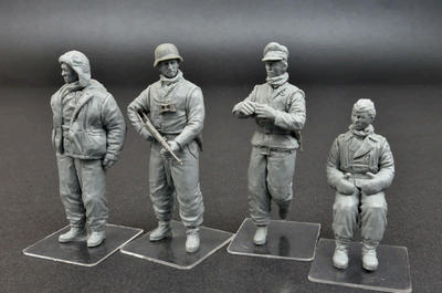 German Tank Crew Kharkov 1943 - 2