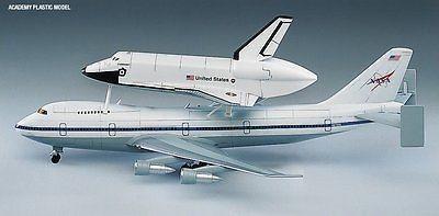 Space Shuttle a NASA Transport 1:144 - 2