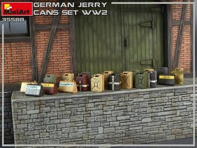 German Jerry Cans Set WWII - 2