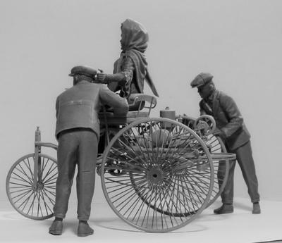 Benz Patent-Motorwagen 1886 with Mrs. Benz & Sons - 3