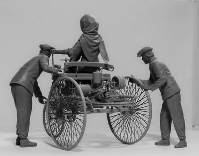 Benz Patent-Motorwagen 1886 with Mrs. Benz & Sons - 3