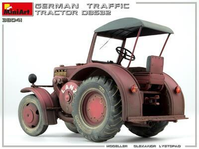 GERMAN TRAFFIC TRACTOR D8532 - 3