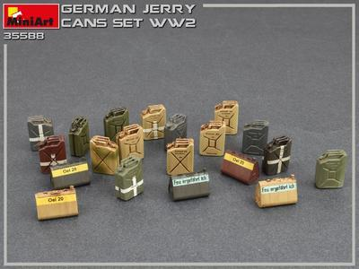 German Jerry Cans Set WWII - 3
