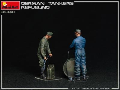 GERMAN TANKERS REFUELING - 4