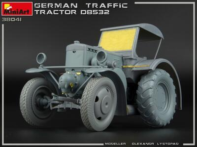 GERMAN TRAFFIC TRACTOR D8532 - 4