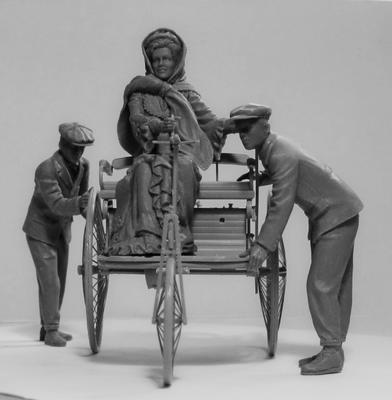 Benz Patent-Motorwagen 1886 with Mrs. Benz & Sons - 5