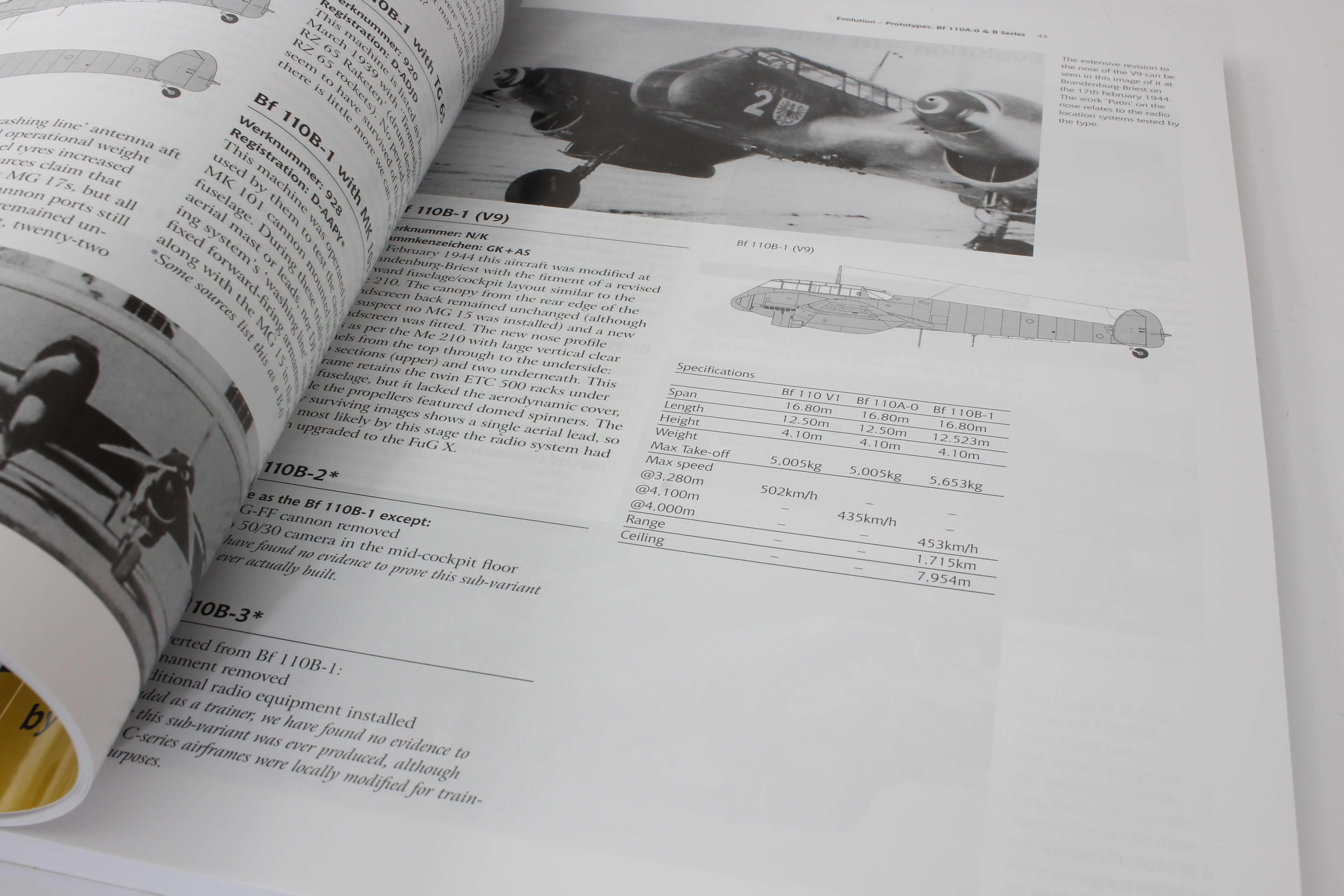 Airframe & Miniature No.17 The Messerschmitt Bf 110   – A Complete Guide To The Luftwaffes Famous Zestörer_ foto 2