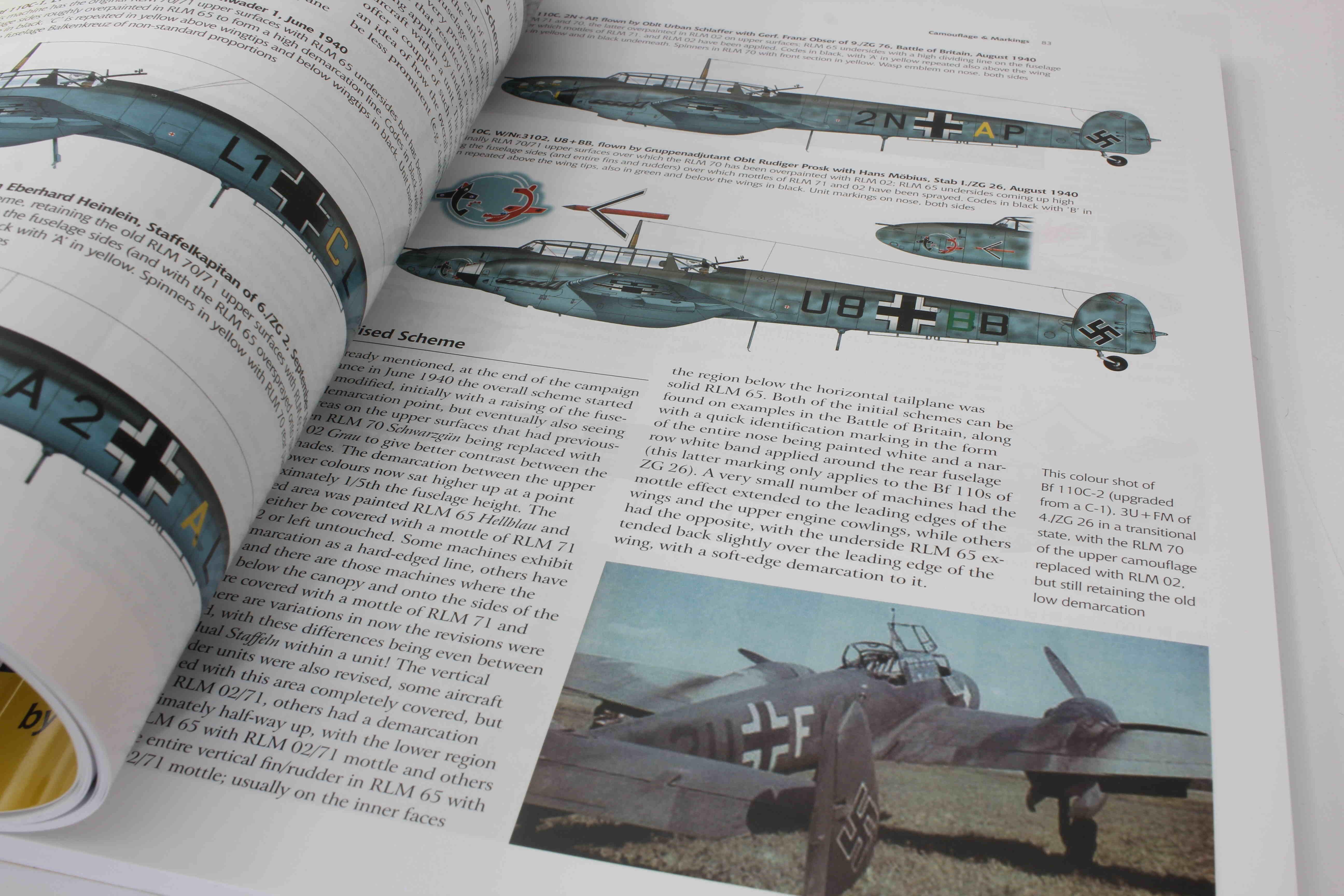 Airframe & Miniature No.17 The Messerschmitt Bf 110   – A Complete Guide To The Luftwaffes Famous Zestörer_ foto 3